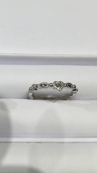 【JEWELRY  KAMATA(ジュエリーかまた)の口コミ】 アンティークリングのような指輪が理想で、夫も他の人とは絶対に被らないよ…