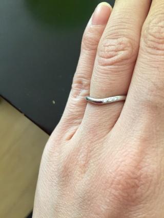 【TRECENTI(トレセンテ)の口コミ】 四六時中つけているものなので、派手すぎず指が綺麗に見えるデザインがよく…