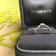 【ティファニー(Tiffany & Co.)の口コミ】 定番のティファニーセッティングと、ティファニーハーモニーで迷いました…