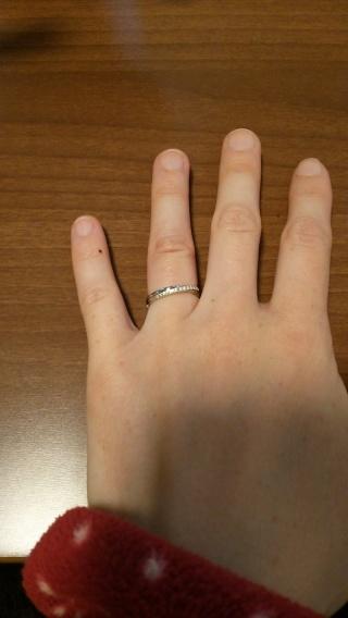 【銀座ダイヤモンドシライシの口コミ】 こども関係の仕事なので、可愛くてでも仕事に支障のないリングを探していま…