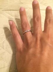 【アイプリモ(I-PRIMO)の口コミ】 仕事柄、あまり目立たないものを希望していました。ただ、色々と指輪を見せ…