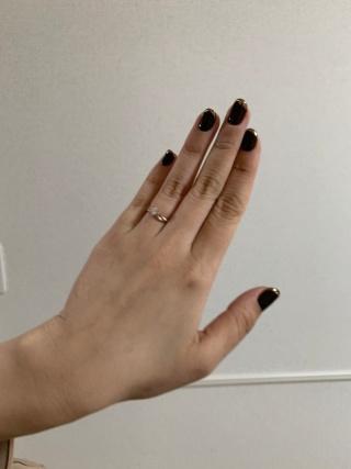 【LAPAGE(ラパージュ)の口コミ】 結婚指輪と重ね付けをして、可愛いデザインの指輪を選びました。結婚指輪…