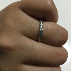 【シャネル(CHANEL)の口コミ】 結婚指輪の定番ブランドでは購入したくないなと思っていた所憧れのブランド…