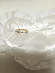 【NINA RICCI(ニナリッチ)の口コミ】 私がミル打ちの指輪が欲しいと思っていたのですが、シンプルな方がいい彼…