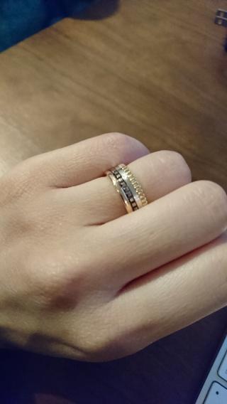 【ブシュロン(BOUCHERON)の口コミ】 指輪を選ぶ際に一番重視したのは、人とかぶらない事でした。 色々見たので…