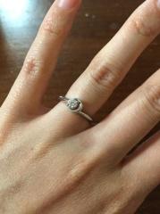 【STAR JEWELRY(スタージュエリー)の口コミ】 当時わたしも主人もまだ若く、裕福とは言えず、婚約指輪はなくても良いほ…