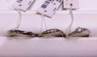 【ヴァンドーム青山(Vendome Aoyama)の口コミ】 飽きの来ないデザインと太過ぎず細すぎないバランスの取れた指輪で非常に…