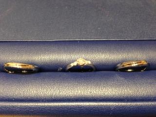 【銀座ダイヤモンドシライシの口コミ】 婚約指輪はメレダイヤが入っているデザインが良かったので、それで何点か…