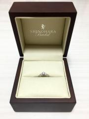 【SHINOHARA Bridal(シノハラブライダル)の口コミ】 結婚資金的に婚約指輪を購入するつもりではなかったので、 とりあえず見て…