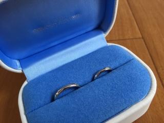 【銀座ダイヤモンドシライシの口コミ】 結婚指輪なので冠婚葬祭や、今後のことを考えてシンプルなものを探していま…