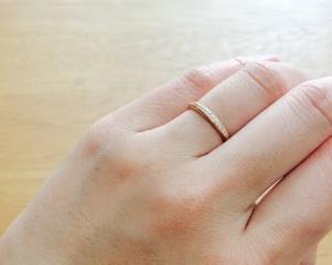 【エクセルコダイヤモンド(EXELCO DIAMOND)の口コミ】 結婚10周年祝いで主人のサプライズプレゼント。2つ目の結婚指輪購入しに行…