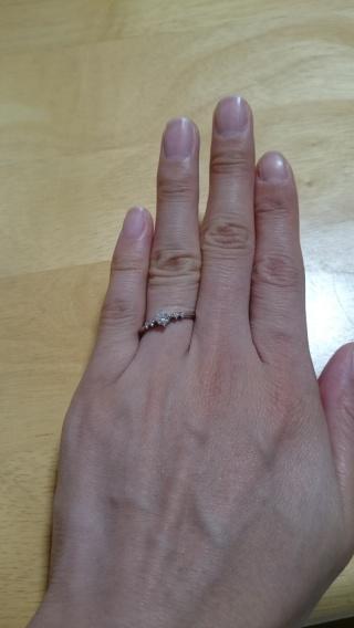 【アイプリモ(I-PRIMO)の口コミ】 指輪は彼がサプライズでこっそりと購入していたので決め手について聞いてみ…