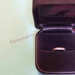 【ティファニー(Tiffany & Co.)の口コミ】 指輪の決め手は憧れのブランドであったことと接客していただいた担当者の…