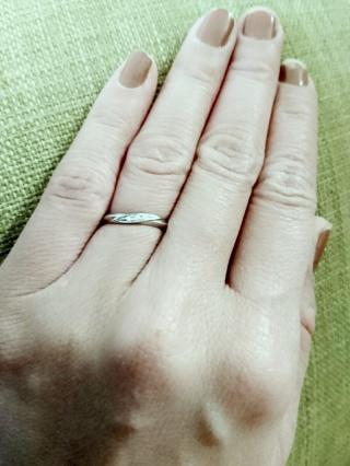 【アイプリモ(I-PRIMO)の口コミ】 デザインが可愛く、少しでも指が細く、長く見えるものを探していました。こ…