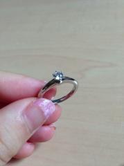 【ティファニー(Tiffany & Co.)の口コミ】 ずっと婚約指輪と結婚指輪はティファニーの指輪がほしいと思っていたので、…