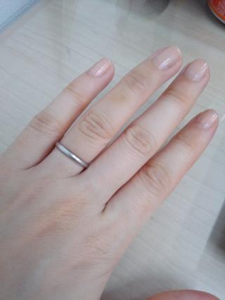 【ティファニー(Tiffany & Co.)の口コミ】 婚約指輪と結婚指輪はティファニーで購入と決めていたので、店舗に行き商…