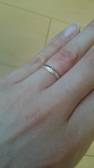 【4℃(ヨンドシー)の口コミ】 指輪の縁が特徴的なデザインとなっており、それがとても可愛く決め手とな…
