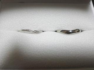 【Mariage(マリアージュ)の口コミ】 婚約指輪と合うデザインにしました。セットのものもあったのですが、それよ…