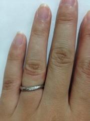【CITIZEN Bridal(シチズンブライダル) / ディズニーシリーズの口コミ】 実際にはめてみて一番しっくりきたのがこの指輪でした。また、指輪の裏側に…