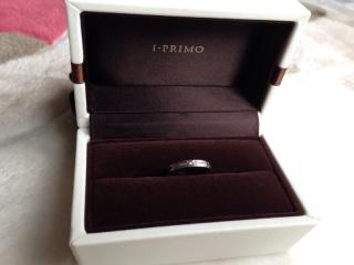 【アイプリモ(I-PRIMO)の口コミ】 ゴージャスよりも、カッコイイ感じの指輪を探していました。また、医療職で…