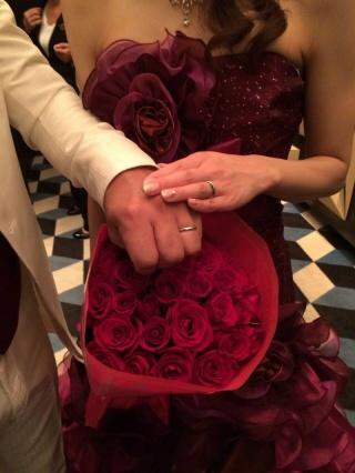【4℃(ヨンドシー)の口コミ】 当ブランドに決定した理由は、嫁の強い希望でした。もちろん婚約指輪も同…