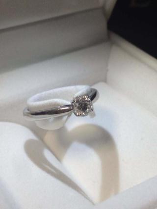 【スタージュエリー(STAR JEWELRY)の口コミ】 某ドラマで三浦春馬が篠原涼子にプレゼントしてるのを見て、婚約指輪は絶…