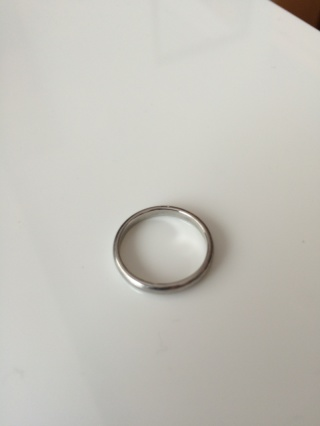 【ヴァンドーム青山(Vendome Aoyama)の口コミ】 シンプルなデザインの指輪を探していました。いくつかのブランドで検討し…