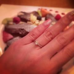 【ティファニー(Tiffany & Co.)の口コミ】 彼と一緒に指輪を見に行きました。 見に行く前はシンプルではなくデザイン…