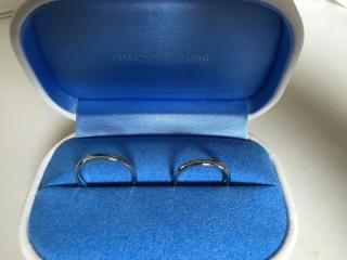 【銀座ダイヤモンドシライシの口コミ】 シンプルで飽きのこないデザインで普段使いしても支障が出ないTHE結婚指…