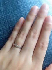 【杢目金屋(もくめがねや)の口コミ】 何と言っても、一生着ける指輪を1つのプレートから分かち合うという他のブ…