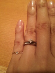 【銀座ダイヤモンドシライシの口コミ】 ダイヤモンドがキラキラしていて綺麗で美しさに魅了されました。すぐにこれ…