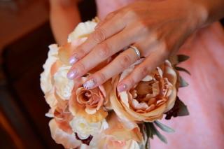 【アイプリモ(I-PRIMO)の口コミ】 デザイン的にはシンプルな指輪が第一条件でした。だたあまり典型的な結婚指…