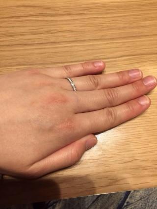 【アイプリモ(I-PRIMO)の口コミ】 エタニティの結婚指輪をさがしていて、輝きが断トツにいいのとつけごこちも…