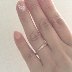 【ティファニー(Tiffany & Co.)の口コミ】 式場の雰囲気に合っていたこと。また、指が短いのがコンプレックスでしたの…