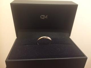 【レイジースーザン(LAZY SUSAN)の口コミ】 結婚指輪だし長年使うものなら一番シンプルな形、と思っていたが、関節の…
