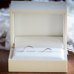 【ギンザタナカブライダル(GINZA TANAKA BRIDAL)の口コミ】 私は金属アレルギーがあるので素材を重視しながらそれでいてお手頃な指輪…