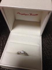 【アンジェリックフォセッテ(Angelique Fossette)の口コミ】 好みに近いデザインだったところです。結婚指輪はもともとから普段使いし…