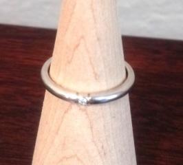 【アイプリモ(I-PRIMO)の口コミ】 結婚指輪は、婚約指輪とは違って一生着けるものなので、着け心地とシンプル…