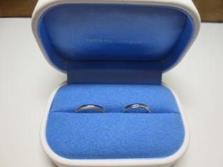 【銀座ダイヤモンドシライシの口コミ】 シンプルにも華やかにもつけられること、婚約指輪との相性が良かったこと…