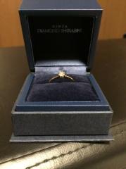 【銀座ダイヤモンドシライシの口コミ】 指輪のブランド等には全くの無知で、婚約指輪イコールプラチナにダイヤと…