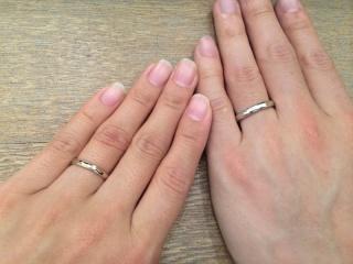 【SIENAROSE(シエナロゼ)の口コミ】 結婚指輪といえばプラチナ。でも私は日頃ゴールド系のアクセサリーをする…