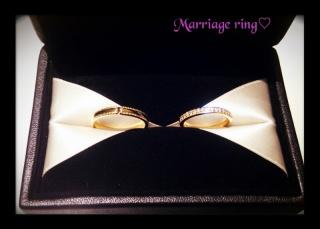 【エクセルコダイヤモンド(EXELCO DIAMOND)の口コミ】 キラキラなエタニティリングで、主人からいただいた婚約指輪と重ねづけが出…