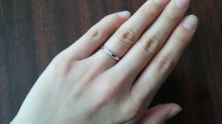 【エクセルコダイヤモンド(EXELCO DIAMOND)の口コミ】 指輪を探す際に、ブライダル雑誌を見ましたが指輪のブランド数が多すぎて、…