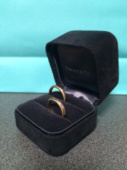【ティファニー(Tiffany & Co.)の口コミ】 私自身、普段からアクセサリーはシルバーもゴールドも着用するため、どちら…