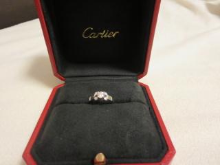 【カルティエ(Cartier)の口コミ】 デザイン性があり、現代的なものを求めていました。何個かみましたが、カ…