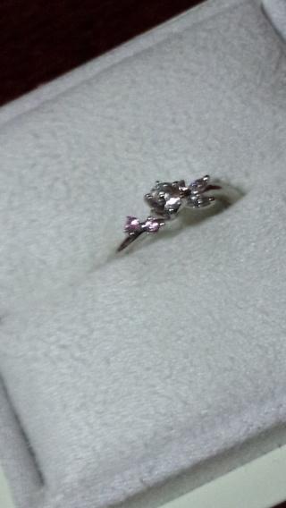 【LUCIE(ルシエ)の口コミ】 彼がわたしに似合いそうと選んでくれました。婚約指輪なので日常使いしな…