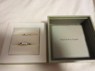 【ヴァン クリーフ&アーペル(Van Cleef & Arpels)の口コミ】 婚約指輪をカルティエにしたので、結婚指輪もカルティエに見に行きましたが…