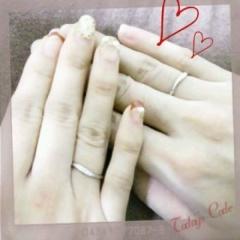 【4℃(ヨンドシー)の口コミ】 私は婚約指輪と結婚指輪を重ねてつけると最初から決めていたので、どちら…