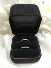 【ティファニー(Tiffany & Co.)の口コミ】 婚約指輪がティファニーなので結婚指輪もティファニーにしました。毎日身に…