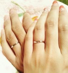 【ete(エテ)の口コミ】 夫婦ともにシンプルで、お求めやすい価格の結婚指輪を探していて、たまた…